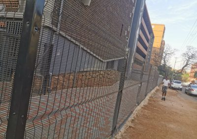 Instalation of Clearvue Fence